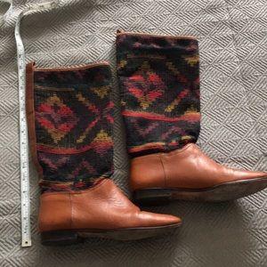 "Vintage Unisa ""blanket"" boots"